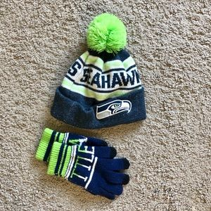 Seattle Seahawks Kids' Hat and Gloves